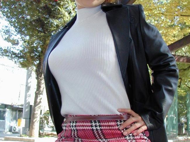 【ヌード画像】巨乳女がセーターを着た結果w(32枚) 20