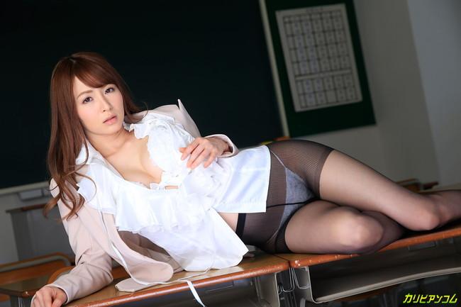 【ヌード画像】教室で淫靡な裸体を見せる女たち(30枚) 15