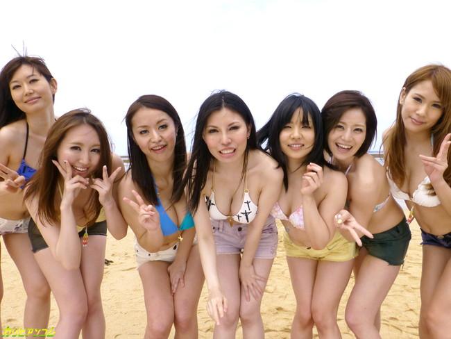 【ヌード画像】AV女優たちの水着姿が鬼シコれるw(34枚) 22