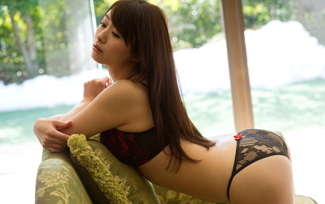 【ヌード画像】白石茉莉奈のぽっちゃり巨乳ヌード画像(32枚) 01