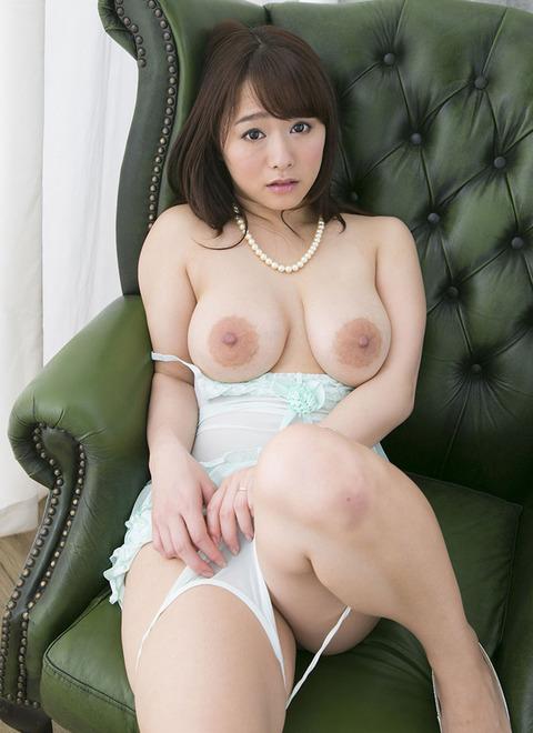 【ヌード画像】白石茉莉奈のぽっちゃり巨乳ヌード画像(32枚) 26