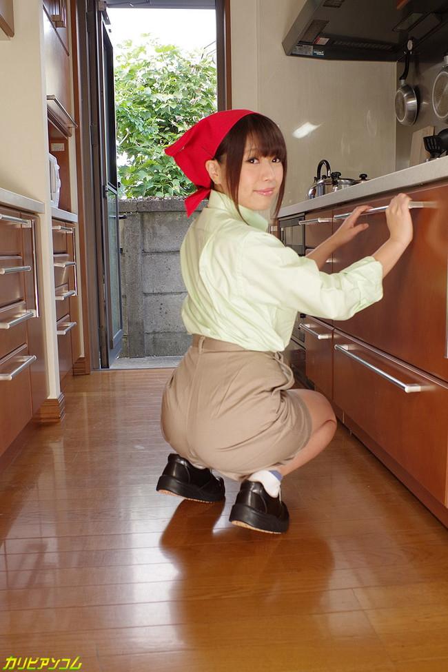 【ヌード画像】仕事中に裸体をさらしている家政婦さんのエロ画像w(30枚) 01