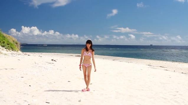 【ヌード画像】水着で遊ぶ女の子が可愛いw(33枚) 09