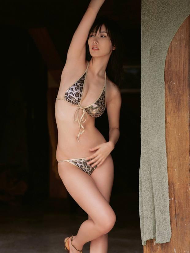 【ヌード画像】巨乳スレンダーなボディで勃起不可避!(33枚) 11