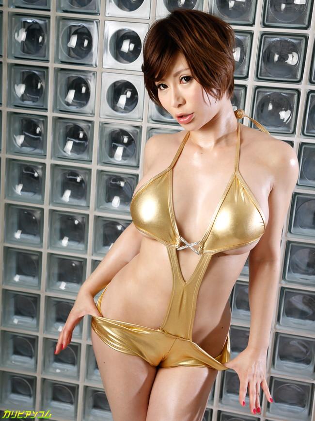 【ヌード画像】セクシー女優たちが魅せるパーフェクトボディ!(32枚) 10