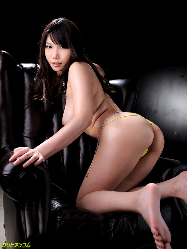 【ヌード画像】セクシー女優たちが魅せるパーフェクトボディ!(32枚) 22