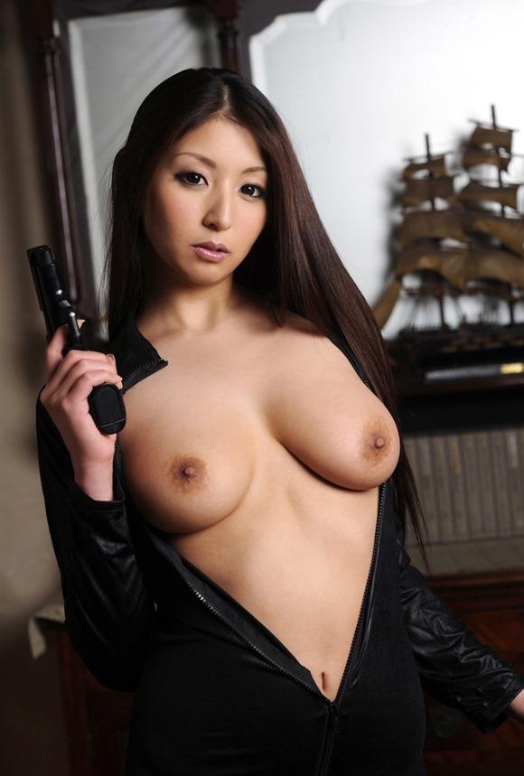 【ヌード画像】秋吉ひなの長身グラマラスなヌード画像(30枚) 24