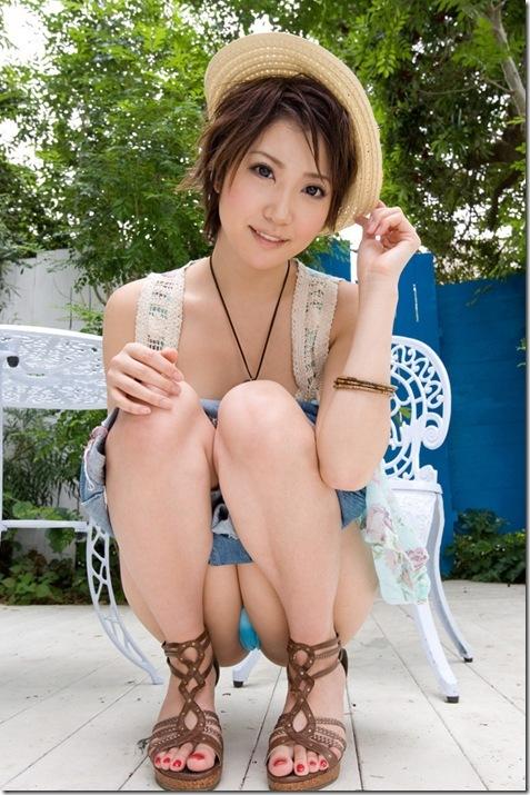 【ヌード画像】優希まことのスレンダーで美肌な裸体が色っぽいw(32枚) 02