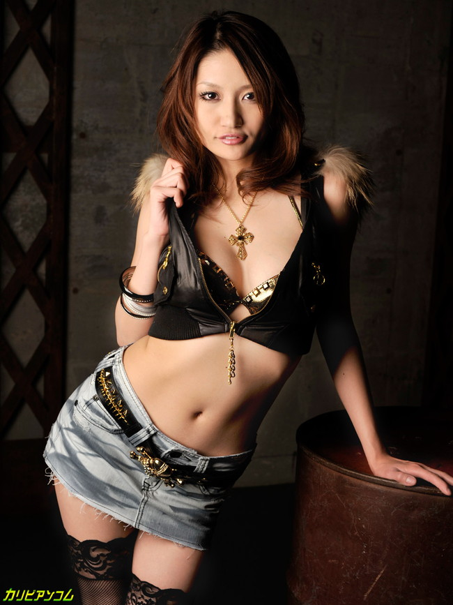 【ヌード画像】美女たちのグラマラスボディでガマン汁が止まらないw(36枚) 01