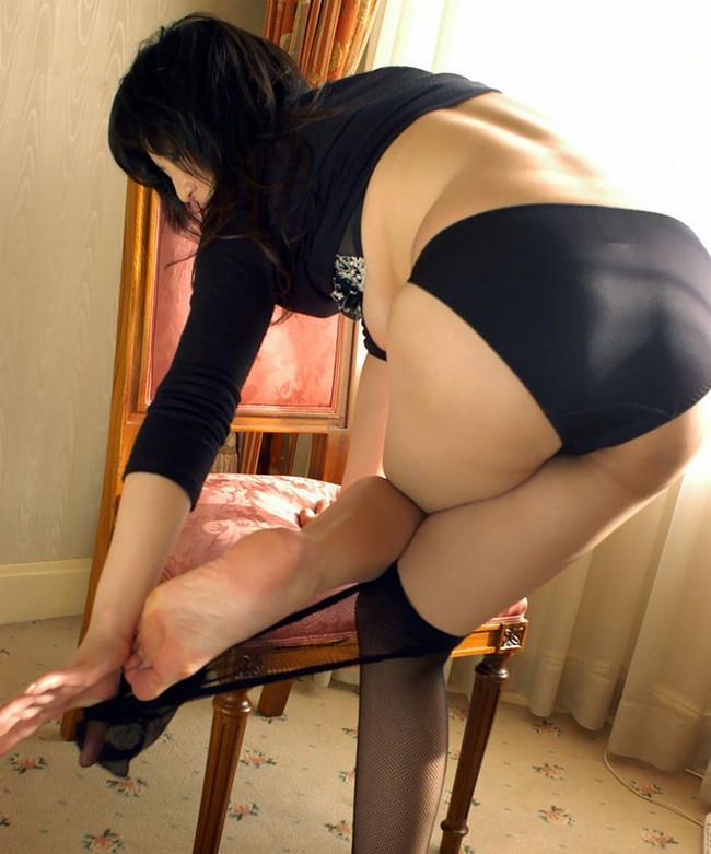 【ヌード画像】女の子の足の裏で興奮するやつ集まれ~w(32枚) 05