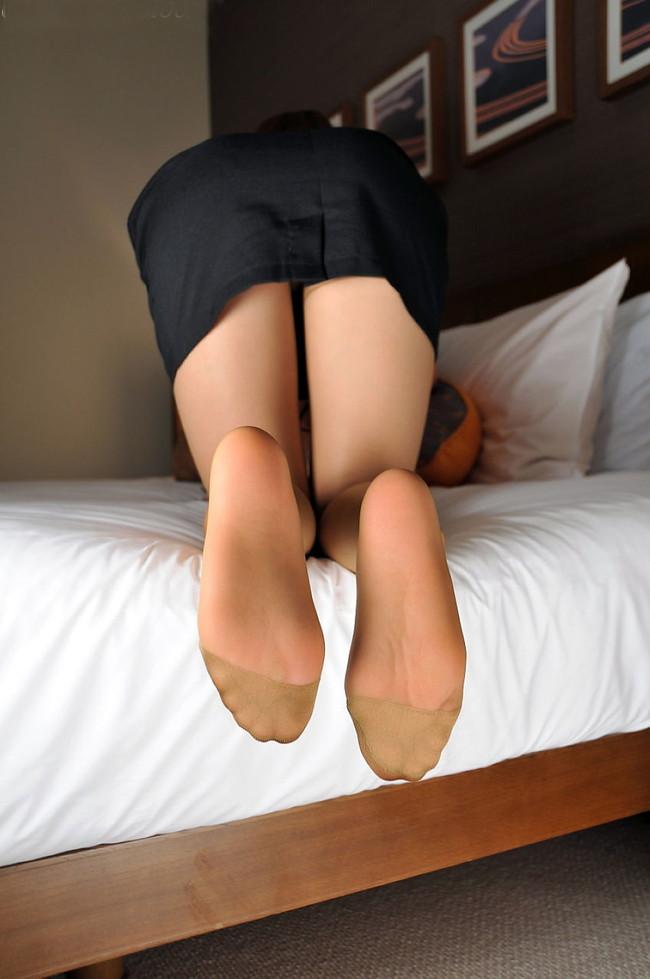 【ヌード画像】女の子の足の裏で興奮するやつ集まれ~w(32枚) 09