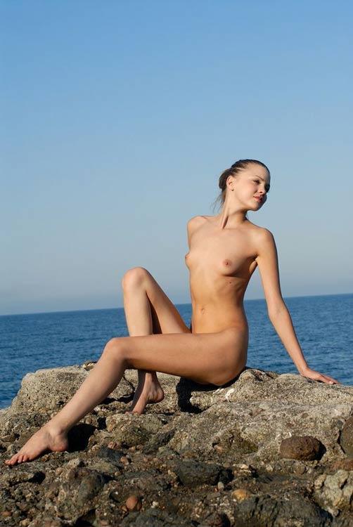 【ヌード画像】外国人美女のスレンダーな裸体が綺麗すぎw(33枚) 28