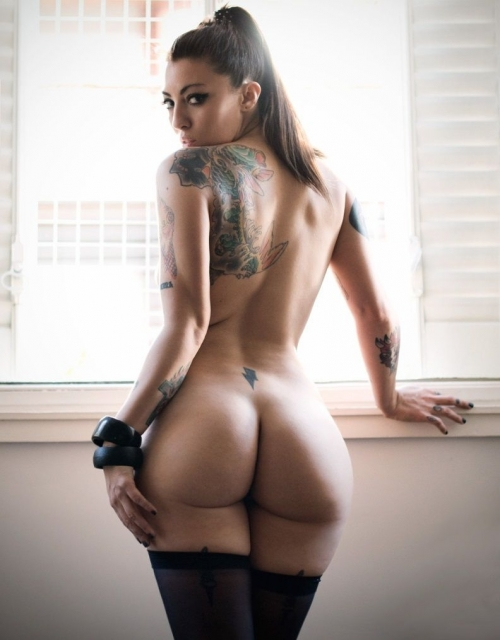 【ヌード画像】身体にタトゥーを入れた美女たちのヌード画像(33枚) 05