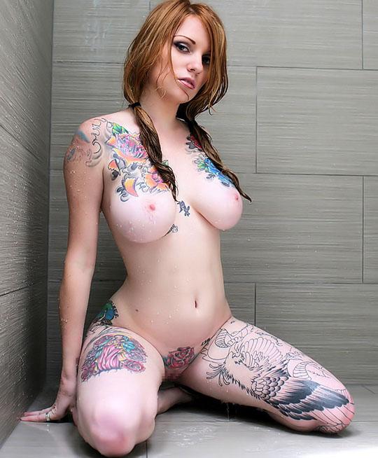 【ヌード画像】身体にタトゥーを入れた美女たちのヌード画像(33枚) 18