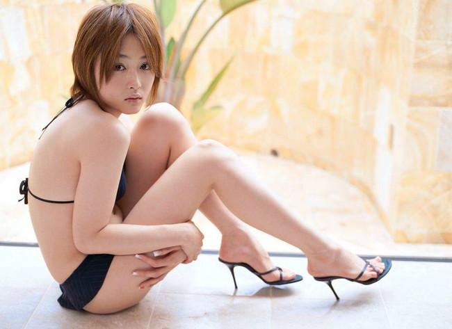 【ヌード画像】エロさと美しさを兼ね備えた脚線美の魅力(32枚) 31