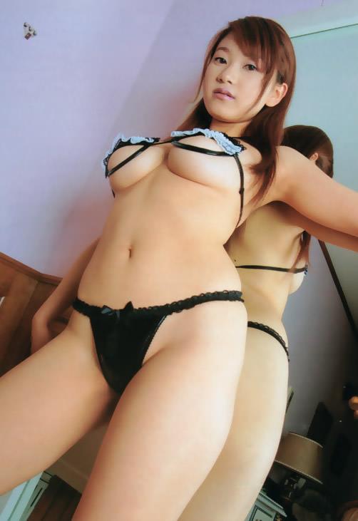 【ヌード画像】美女の下乳が麗しいw(31枚) 19