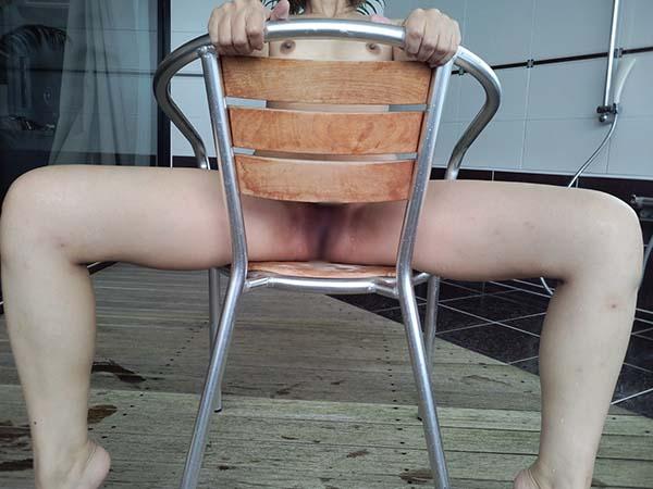【ヌード画像】大胆に股間をさらす女の子たちが卑猥すぎる件(31枚) 03