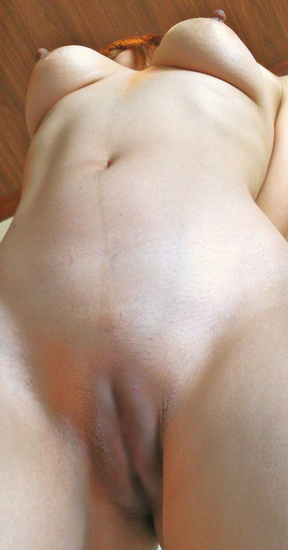 【ヌード画像】大胆に股間をさらす女の子たちが卑猥すぎる件(31枚) 23