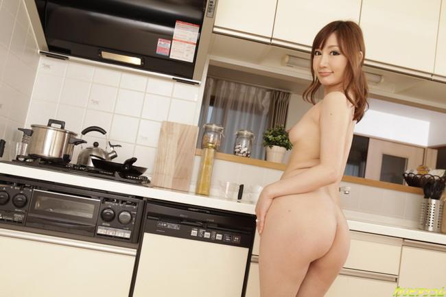 【ヌード画像】セクシー女優の新婚さん姿がエロ可愛いw(37枚) 06