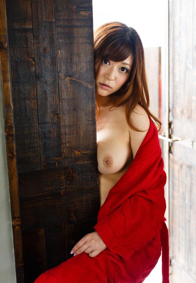 【ヌード画像】さとう遥希のムッチリボディなエロ画像(31枚) 06