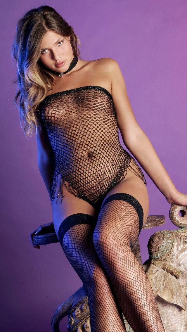 【ヌード画像】セクシーな外国人美女たちの下着姿をご覧くださいw(32枚) 27