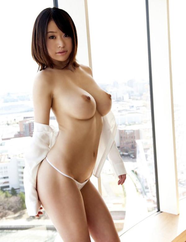 【ヌード画像】上半身裸の美少女wおっぱいの良さが再確認できるw(30枚) 05