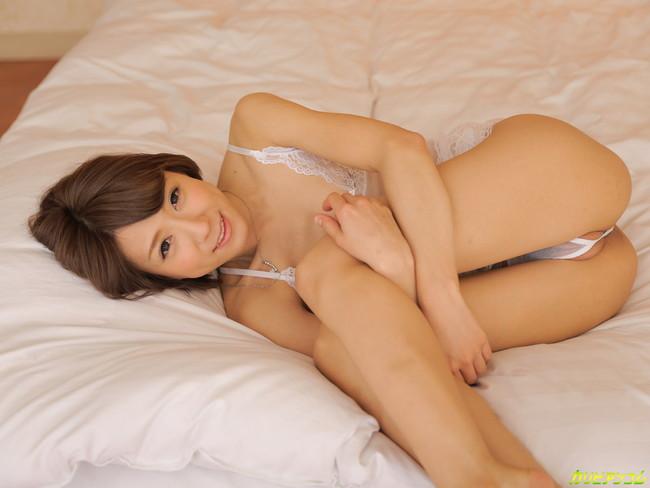 【ヌード画像】スレンダー美女!滝川エリナのヌード画像(35枚) 30