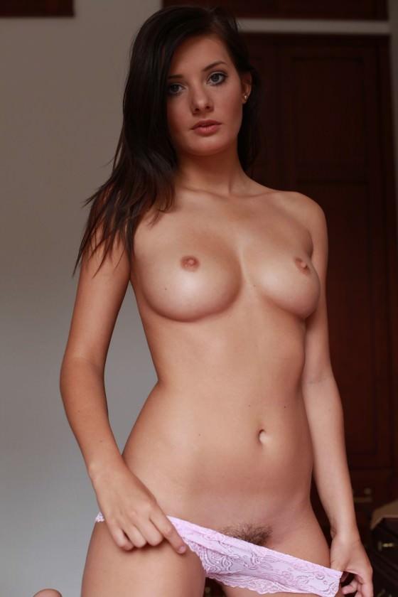 【ヌード画像】外国人美女のデカパイが大きいうえに美しいw(30枚) 29