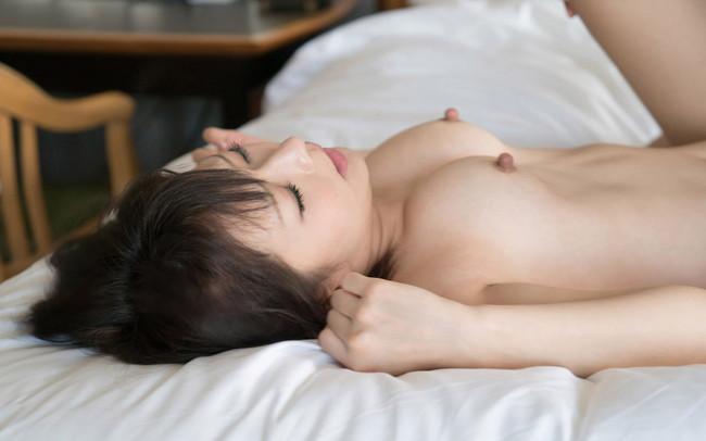 【ヌード画像】麻里梨夏のロリ系美少女ヌード画像(32枚) 06