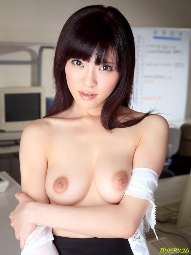 【ヌード画像】百合川さらさんの美乳スレンダーボディに大興奮w(30枚) 26