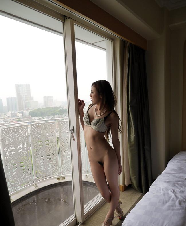 【ヌード画像】仁美まどかの乳や尻がエロ美しいw(32枚) 09