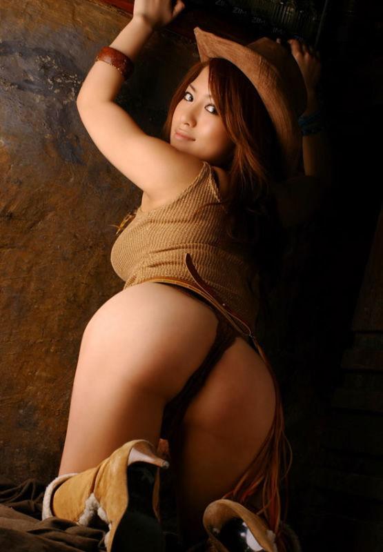 【ヌード画像】桃尻娘たちのプリケツが辛抱たまらんw(33枚) 10