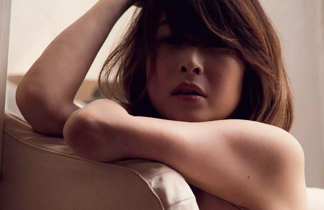 【ヌード画像】夏目ナナのスレンダー美人ヌード画像(32枚) 07