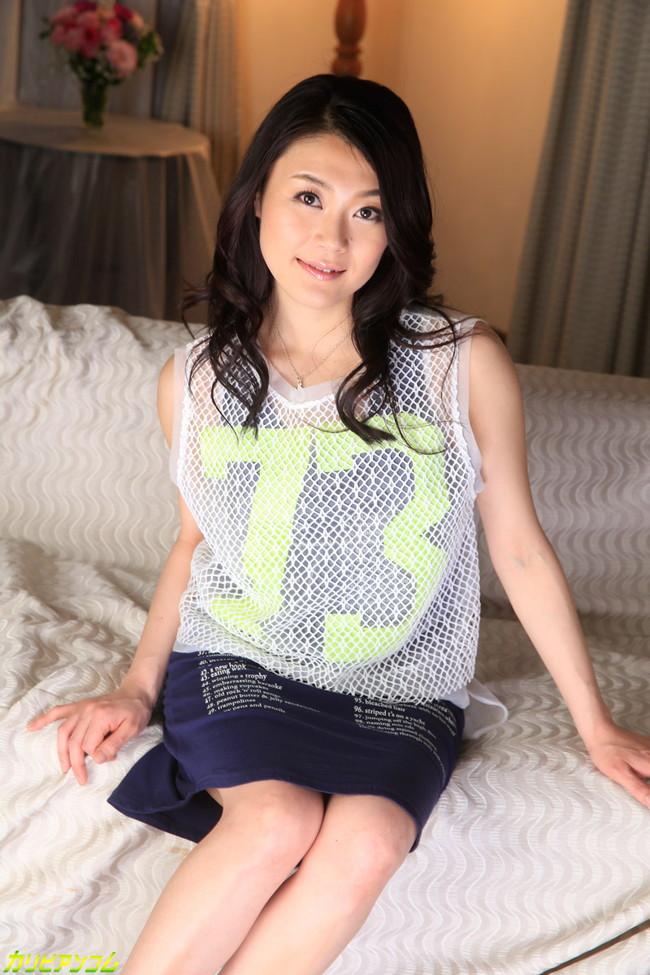 【ヌード画像】中島京子の大人の色香が漂うヌード画像(40枚) 01