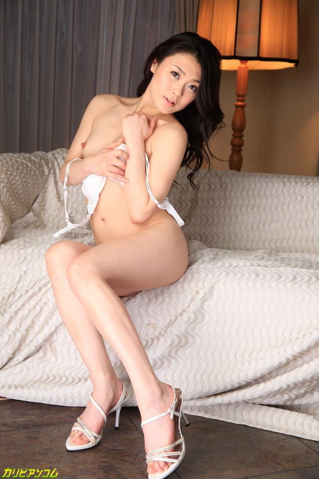 【ヌード画像】中島京子の大人の色香が漂うヌード画像(40枚) 13