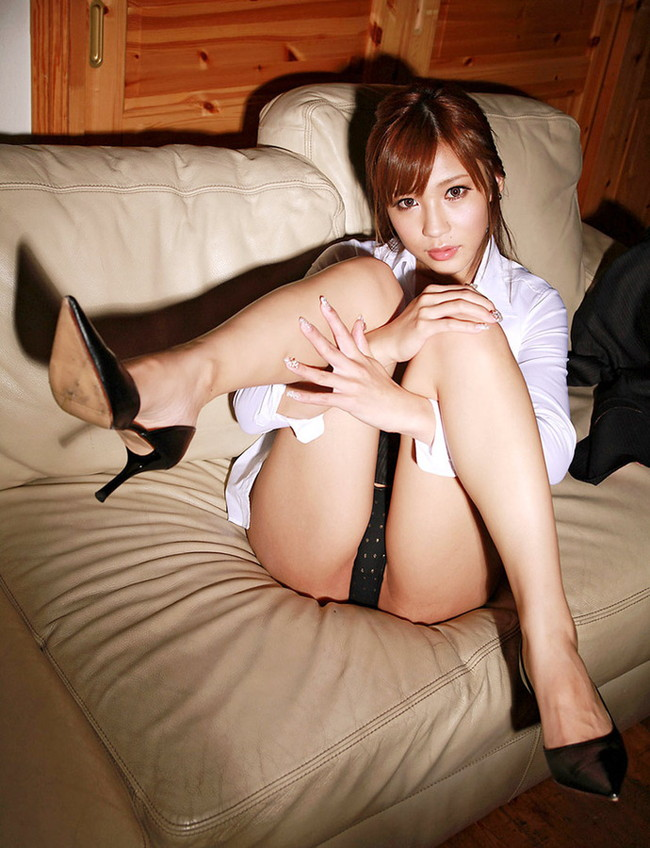 【ヌード画像】安城アンナの美脚スレンダーボディが魅力的すぎるw(33枚) 32