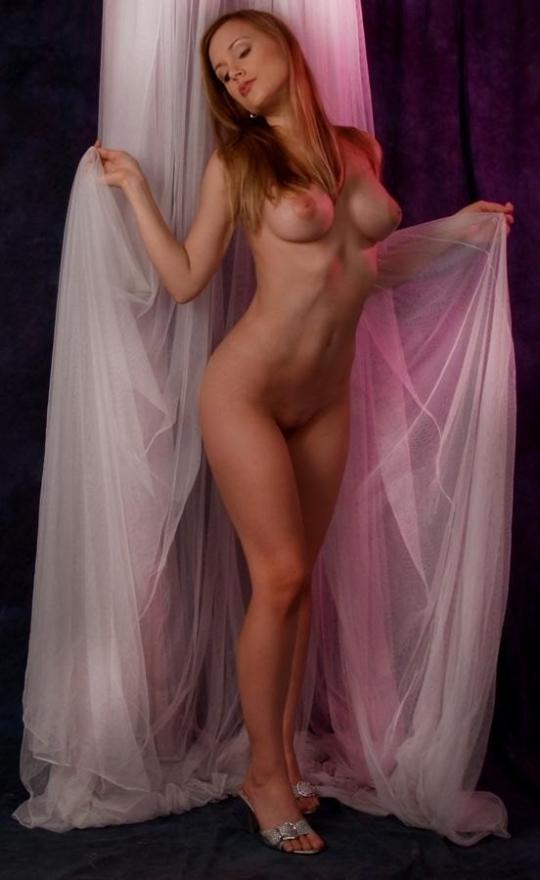 【ヌード画像】外国人美女のツルツルなpaipannマンコ画像(30枚) 03
