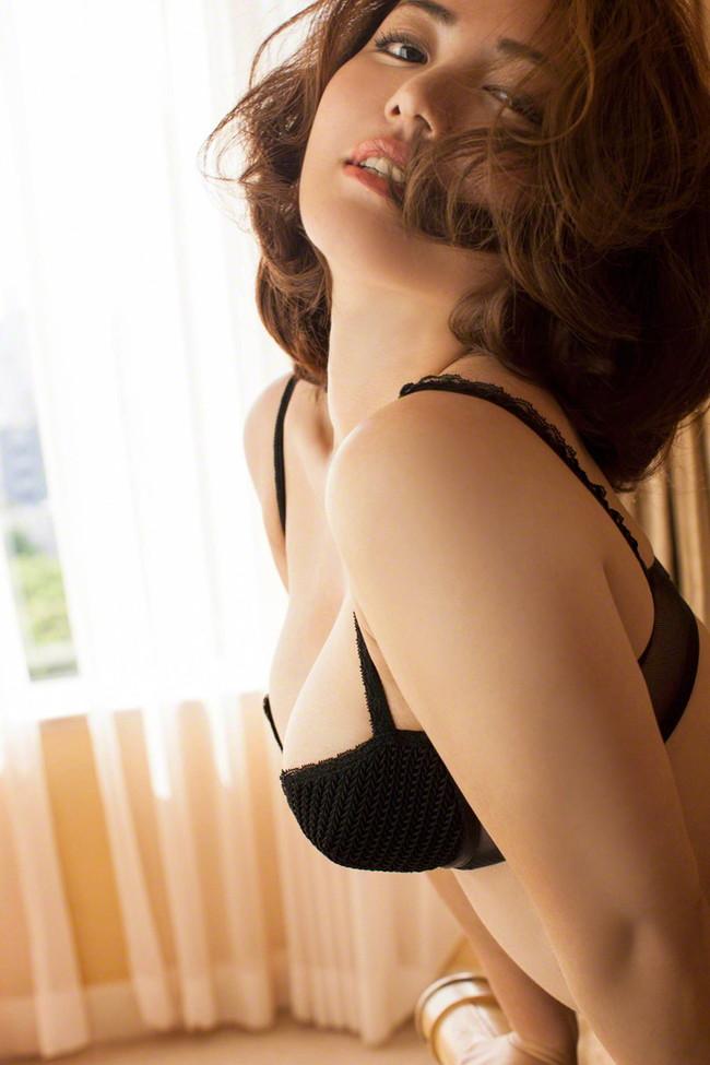 【ヌード画像】磯山さやかのムチムチセクシー画像(32枚) 09