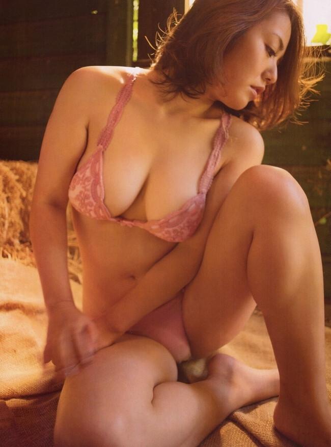 【ヌード画像】磯山さやかのムチムチセクシー画像(32枚) 23