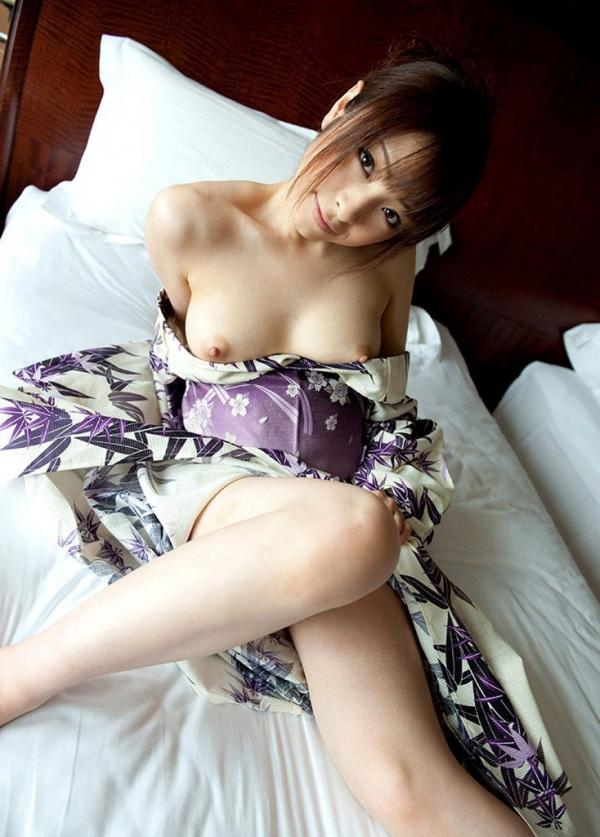 【ヌード画像】綺麗な鎖骨を見せる美女たちの画像(31枚) 18