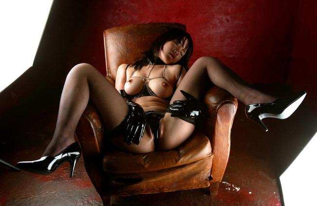 【ヌード画像】美女の黒下着姿が色気ありすぎな件(33枚) 12