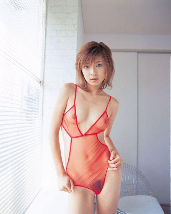 【ヌード画像】美女の赤い下着姿が情熱的すぎw(33枚) 14