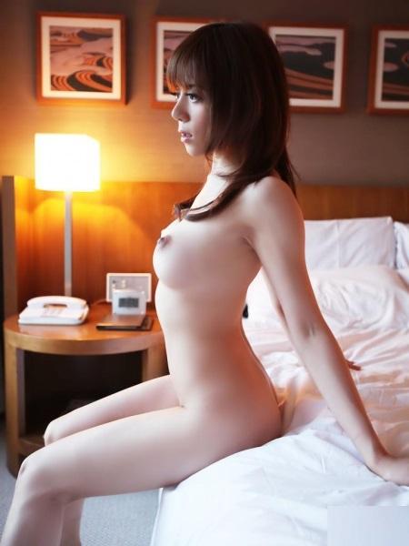 【ヌード画像】美女の釣鐘型オッパイは心が洗われるほど美しいw(32枚) 17