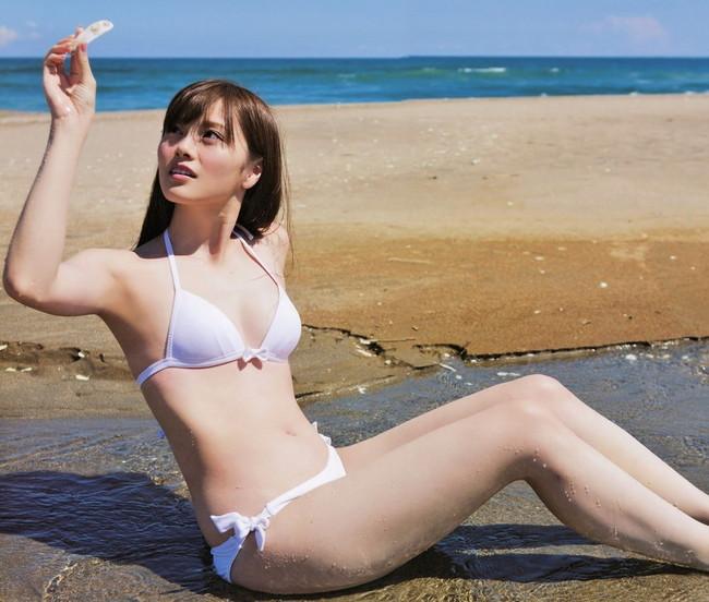 【ヌード画像】白い肌が魅力的!白石麻衣のセクシー画像(30枚) 22