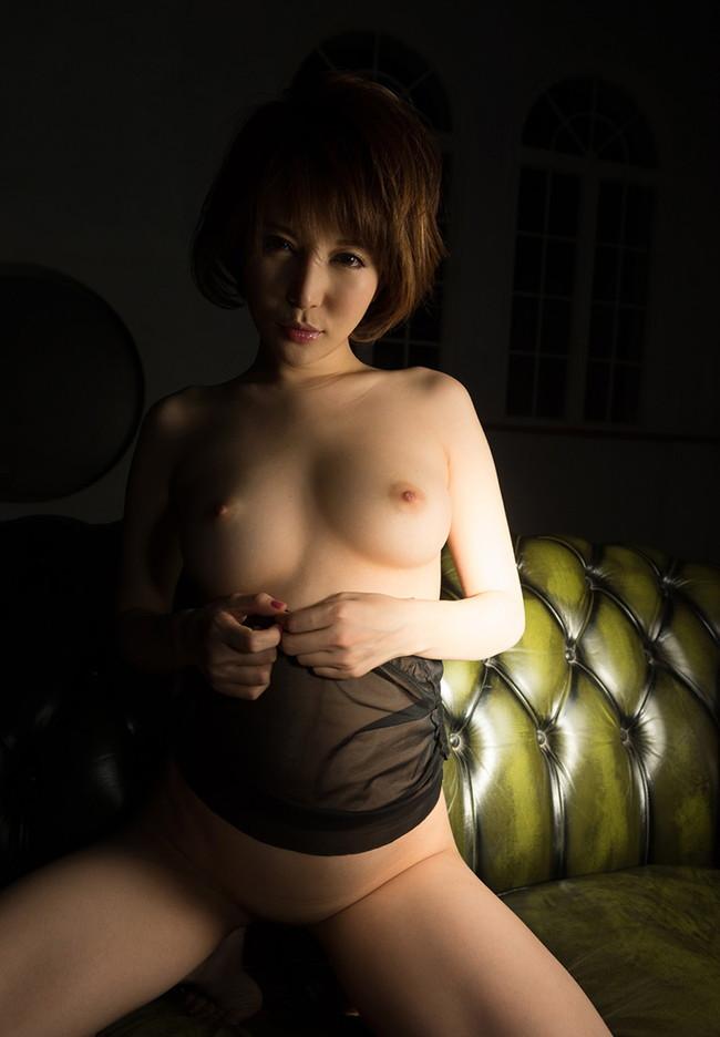 【ヌード画像】里美ゆりあの色白肌と美乳に心を奪われそうw(33枚) 06