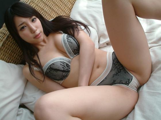 【ヌード画像】藤嶋唯の美白でエッチなヌード画像(32枚) 13