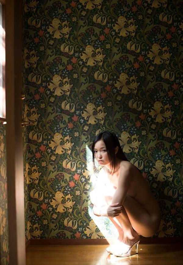 【ヌード画像】柚月あいの美巨乳ボディは陰茎が反応しすぎて困るw(33枚) 07