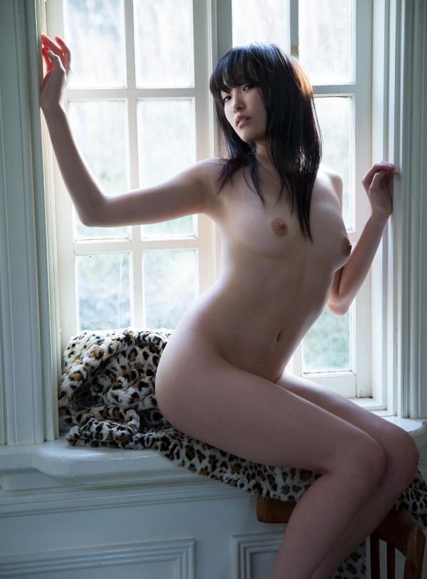 【ヌード画像】柚月あいの美巨乳ボディは陰茎が反応しすぎて困るw(33枚) 18