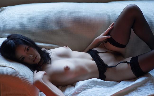 【ヌード画像】柚月あいの美巨乳ボディは陰茎が反応しすぎて困るw(33枚) 24