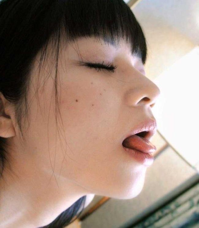 【ヌード画像】ぬるぬでトロトロのベロがダントツでエロいっす。こんな舌で舐められたい最高のエロ舌画像集(50枚) 16